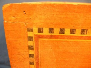 frisage-de-cube-sur tiroir-de-commode-louis-XVI