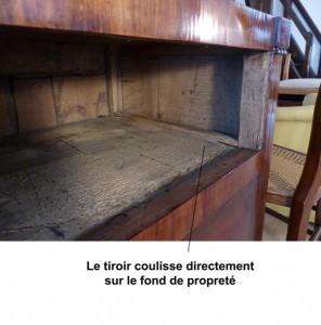 fond-de_proprete-commode-XVIIIe