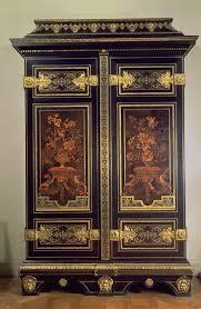 armoire de style Louis XIV à Versaille